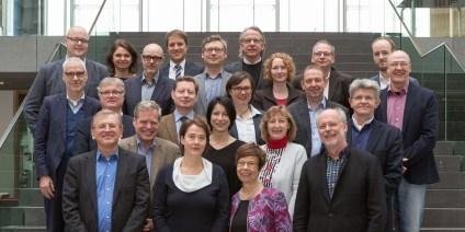 Das Bild zeigt das Expertengremium der ersten Auswahlrunde des BMBF-Programms WIR!