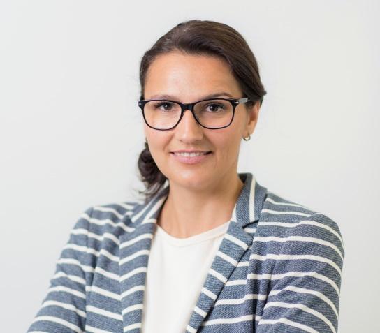 Das Bild zeigt Dr. Katharina Koschek vom Fraunhofer IFAM.